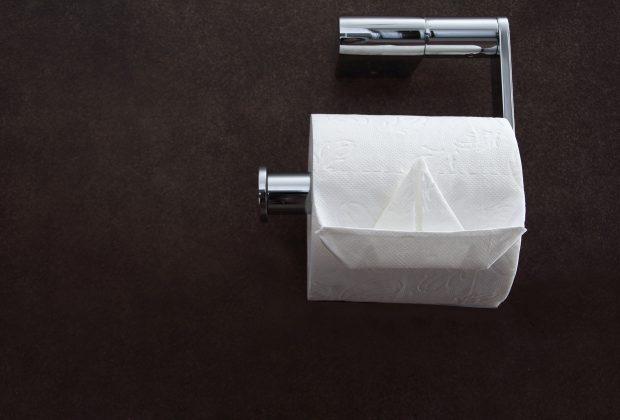 Papier toaletowy do biur, restauracji, sklepów, jaki powinien być